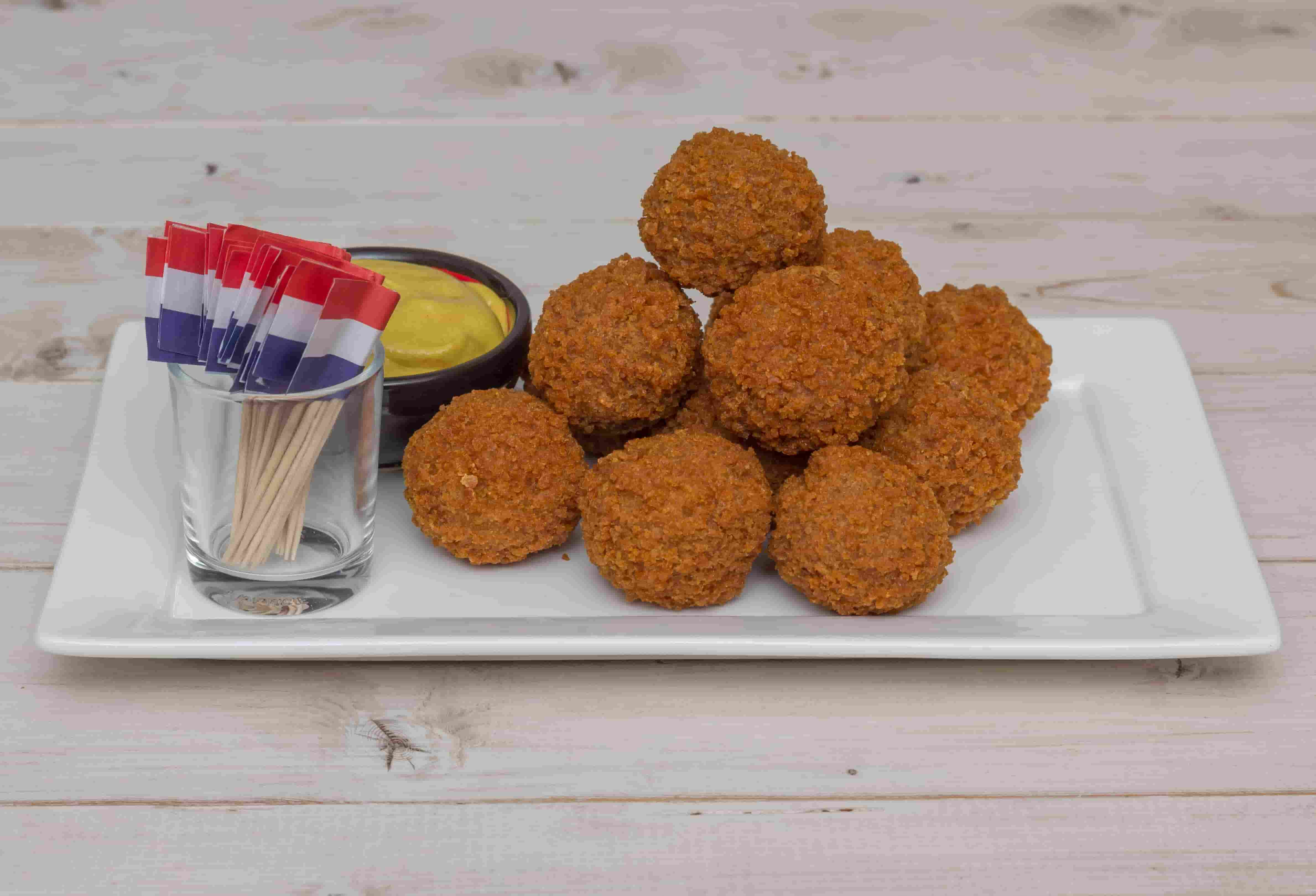 10 delicious dutch dishes and recipes for chf guests the netherlands is a land of many qualities with its incredible landscapes exciting nightlife and many historical monuments museums and galleries forumfinder Choice Image